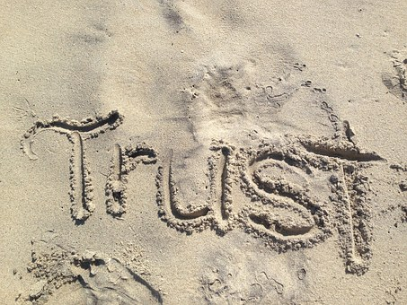 3 Simple Steps on How To Rebuild Trust In A Relationship